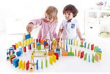 Drewniane konstrukcje / Drewniane klocki i zabawki idealne dla każdego małego budowniczego!