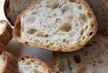 kváskový chlieb a pečivo