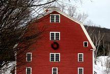 Barns, farms & sheds / Farm architecture