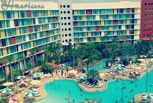Cabana Bay Beach Resort at Universal Orlando Resort #UOR / Enjoy fun family suites, exclusive on-site hotel benefits like early entry to the Wizarding World of Harry Potter. You will find so much to do with two huge pools, a lazy river, bowling alley, and more.