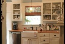 Kitchen / by Heather Sortino