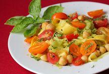 Good Eats / by Mykalah Anne