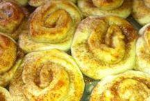 Koláče,Muffiny, rohlíčky, croissant, buchty, štrúdľa, veterníky (kysnuté cesto)