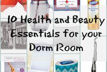 Dorm Room Essentials / College dorm life.
