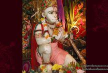 ISKCON Bhaktivedanta Manor - Hanuman / Amazing wallpapers of Sri Hanuman at ISKCON Bhaktivedanta Manor  maid by ISKCON Desire Tree