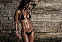Look @ that Body / by Dareth Fischer