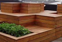 Plantekummer med indbygget siddepladser / Vi har lavet disse spændende plantekummer med indbygget siddepladser til en tagterrasse i København.