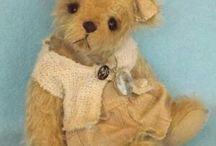 Bruijntje Bear / artist handmade teddybears