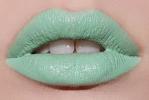 Mint / The color of trend