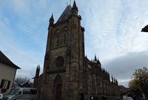 Niederhaslach / Quelques vues du joli village de Niederhaslach en Alsace et de sa merveilleuse Collégiale, petite sœur de la Cathédrale de Strasbourg.