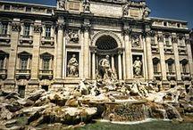 #FONTANA DE TREVI / La Fontana de Trevi, la fuente más famosa de Roma. 20 metros de ancho y 26 de altura. Anualmente se retira un millón de euros en monedas que se destina a fines benéficos.
