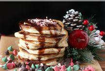 Festive Foods! - Christmas / by Laura Plunkett