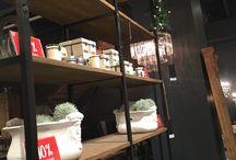 Shelves / Shelving units