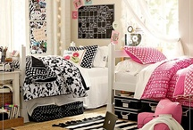 Dorm Room / by Kayli Seaman