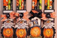 Halloween Treats / by Rondia Cromika