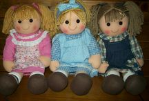 Personalized Rag Dolls / Personalized rag dolls with free embroidered name on the dress. Our personalized rag dolls are the perfect companion for your little girl.