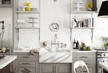 Kitchens / by Juliana Roe