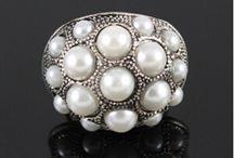 Pearls / by Leanne Inskeep