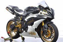 Yamaha R6 R1