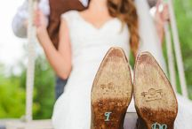 Getting Hitched Western Style! / Cowgirls wedding dreams
