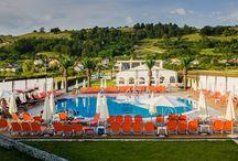 Sunrise Beach Resort / Șezlonguri Chairry colorate @Sunrise Beach Resort