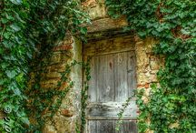OPENİNG DOORS TO LIFE