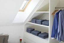 living   kleiderschrank / Kleiderschrank begehbar unsichtbar hell Holz Licht design individuell Dachschräge wohnen Kleider