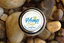 Healing Hemp Salve / Our Hemp Salve is a great non-clogging oil that helps to reduce the size of pores and protects with essential nutrients required in order to maintain epidermal lipids, Its a water barrier, elasticity and softness. Hemp oil relieves sore muscles reduces swelling an inflammation an also relieves joint pain, soothes hives an rashes and fight skin irritations such as eczema, psoriasis, acne, burns, scars also great for  renewing tattoos color. This product is also safe for dogs an cats.