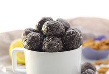 National Blueberry Month / July is #NationalBlueberryMonth! Celebrate with healthy and naturally delicious blueberry recipes! #HometownFresh