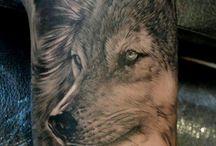 wolf tatoo