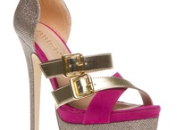 {Shoes/Boots}
