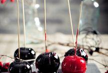 Halloween / Süßes sonst gibt's Sauers! Wir haben für euch die besten Halloween Rezepte zusammengestellt. Gruselige, köstliche Rezepte fürs Auge und natürlich auch für den Gaumen machen das Fest der Geister zum kulinarischen Höhepunkt am 31. Oktober.