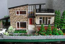 Jäätelötikkurakennelmia ja taloja