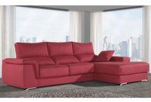 Muebles tapizados para relajarte y descansar en tu salón.