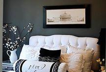 Bedrooms / by Barb Poludniak