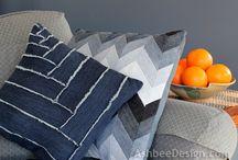 Jeans & denim DIY / by Marisa Van der donk