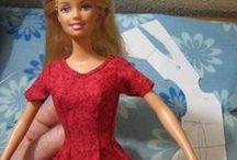 Barbie- en poppenkleding
