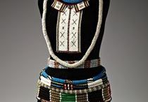 Zulu Beadwork / Zulu beadwork, focusing mainly on antique early pieces from the period 1890 to 1930's.
