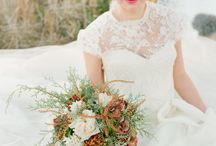 Wedding Fall ideas / Celebrating the most beautiful fall flowers in these seasonal bridal bouquets