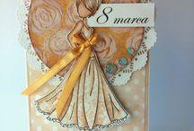 Dzień Kobiet! / Wszystkim Paniom z okazji Dnia Kobiet życzymy, by przyszły rok utkany był z samych pięknych chwil!