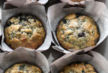 blue berry banana muffins
