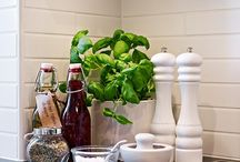 HOME: Kitchen details / by Iitu