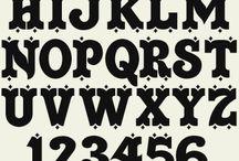 Ronald  Hills Font