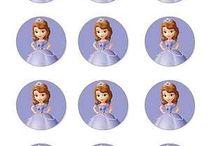 Princesa Sofia / Ideias para festa da Princesa Sofia. Confira aqui bolos e acessórios para decorar a sua festa..