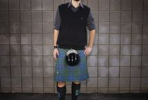 Casual Kilt Oufits / Not all occasions require a formal kilt outfit. For these types of occasions, Kilt rental USA has created a variety casual kilt rental packages.