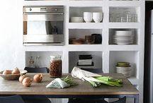 kuchyně poličky