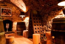 Fine Wine Hotels / Hotels with fine wine lists and amazing wine cellars.