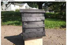 DIY Bat Houses / designs for safe and attractive Bat Houses
