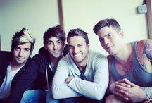 All Time Low / Alex Gaskarth, Jack Barakat, Rian Dawson, Zack Merrick.