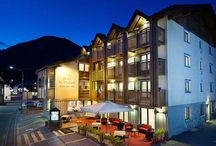 Hotel San Michael Livigno / A Hotel in Livigno, open all year round and just two steps away from the pedestrian area  Welcome to the St. Michael 4 Star Hotel in Livigno, where, in the heart of the mountains, you will find the traditional alpine sense of hospitality and a healthy family-friendly atmosphere, both in the summer and during wintertime.